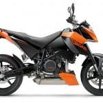 690 Duke arancione