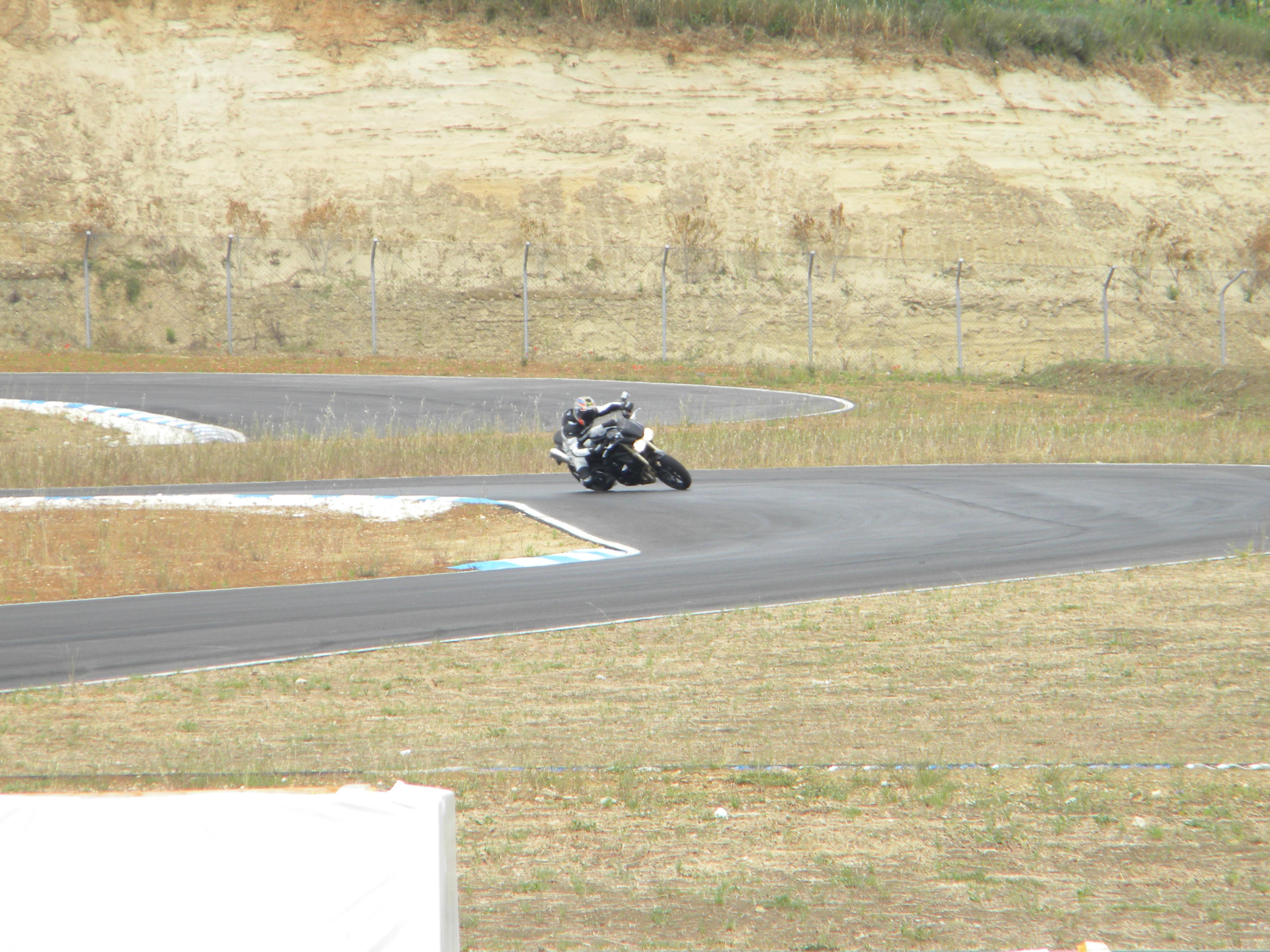 Circuito Ortona : Road eaters u motoclub molise u cpistau dortona
